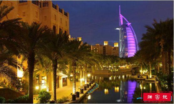 全球最豪华的酒店,迪拜帆船酒店最小套房每天住宿费1500美金