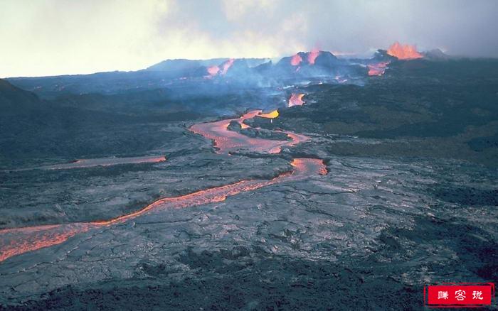 世界上最活跃的10座火山 黄石火山口爆发可能会导致世界毁灭