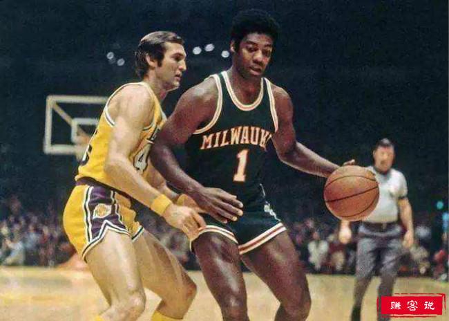 历史最好的NBA运动员 科比排名第五