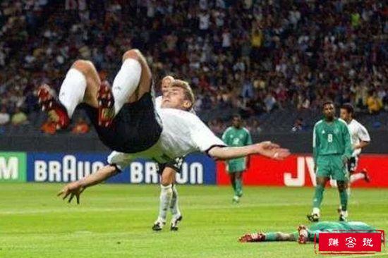 德国8-0沙特阿拉伯(2002)