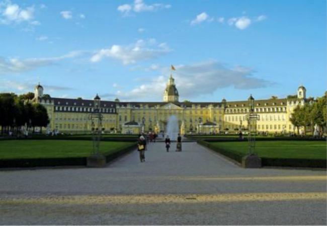 法国巴黎综合理工大学