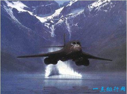 曾令老美最头疼的中国轰炸机 最终却成美军战利品