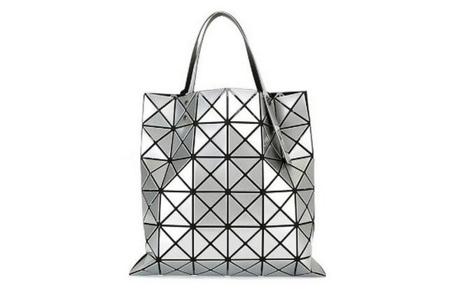 轻奢品牌包包排行榜 类似小ck的小众品牌包包