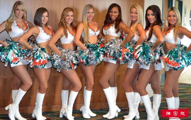 美国十大热门啦啦队 美女成群深受观众喜爱