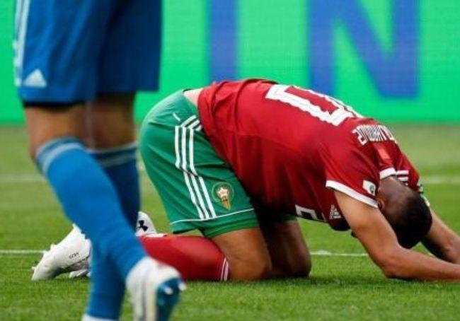 2018世界杯首个乌龙球 乌龙球缔造者赛后痛哭