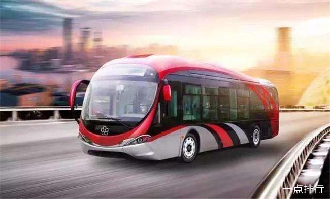 董明珠造5G公交车 首台18米5G海豚公交车亮相东北