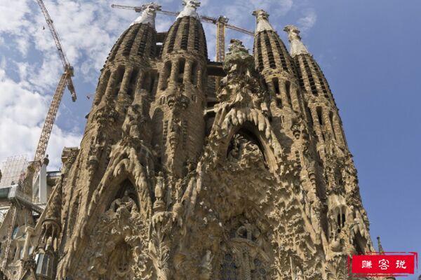 世界上最美的烂尾楼 修建135年仍未完工