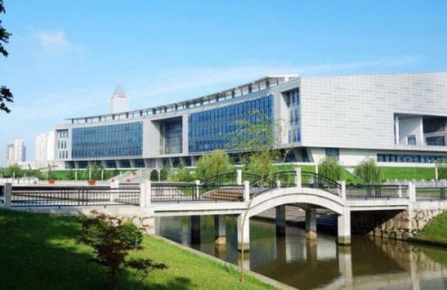 中国二本大学排名及分数线 能跟一本比肩的二本