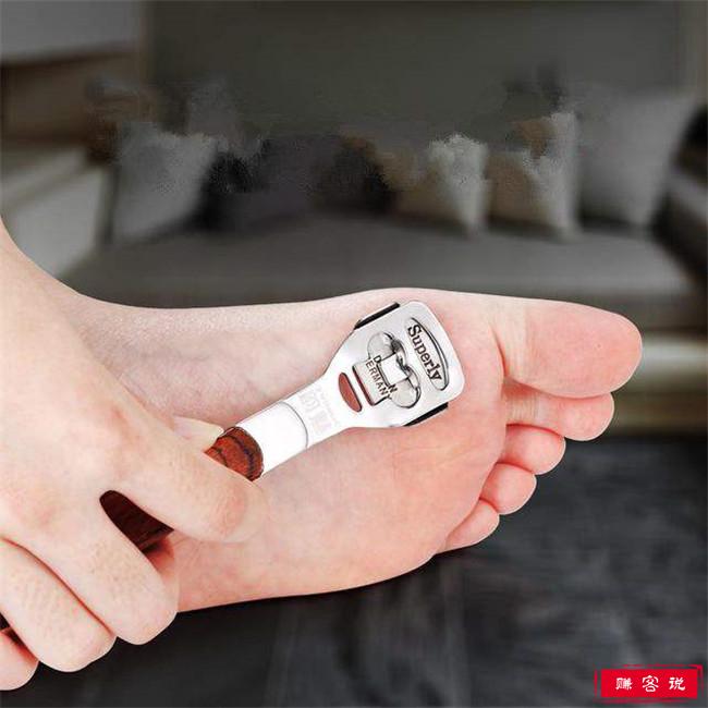 脚裂口是什么原因 治愈脚裂的10种方法