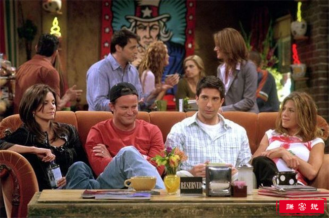 电视上最著名的10个沙发 让角色聚集在一起的神奇物品
