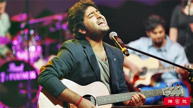 印度十大歌手 我在东北玩泥巴演唱者排名第一