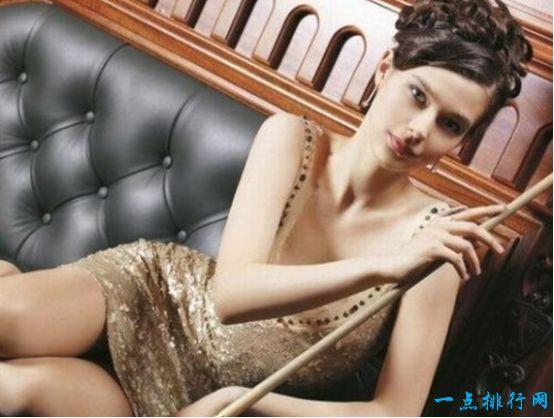 俄罗斯最美台球女皇卢波娃 长相精致颜值不输潘晓婷!