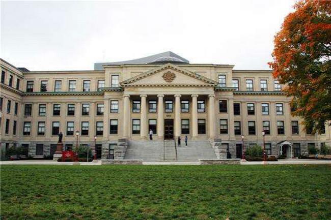 2018年加拿大渥太华大学世界排名 留学费用